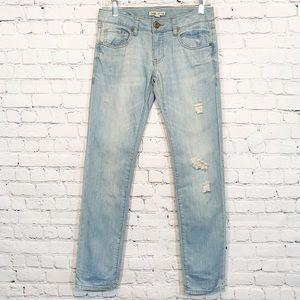 Cabi Jeans Brett 0 Distressed Boyfriend